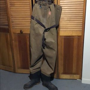 Red ball fishing waders used but no rips or holes